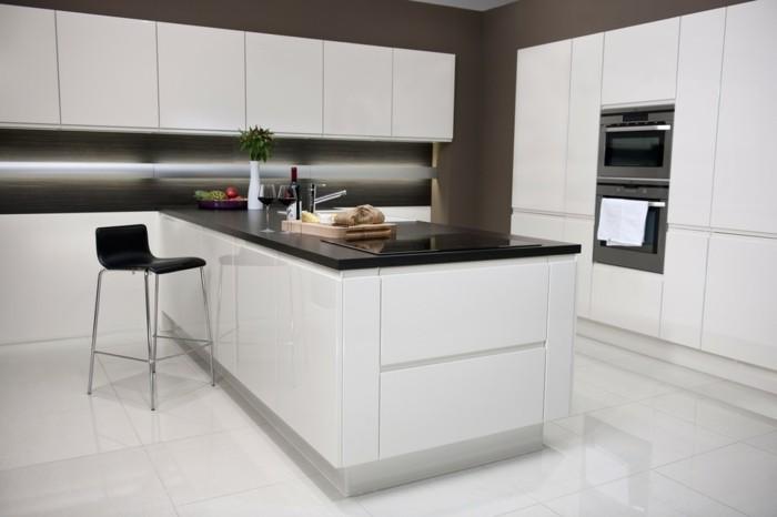 Cuisine blanche plan de travail noir cuisine laquee for Plan de travail moderne