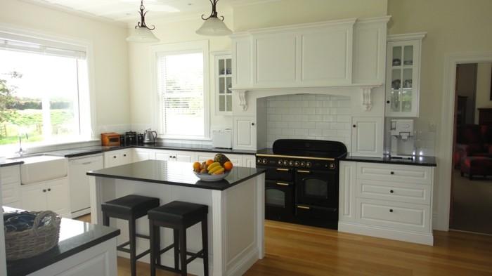 perfect cuisine blanche avec plan de travail noir ides de relooking with cuisine blanche avec. Black Bedroom Furniture Sets. Home Design Ideas