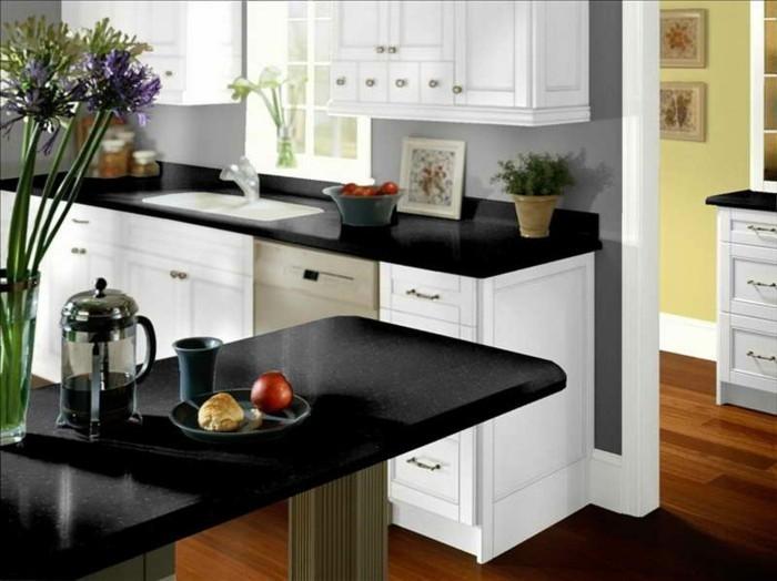 cuisine-blanche-avec-plan-de-travail-noir-styles-combines-resized