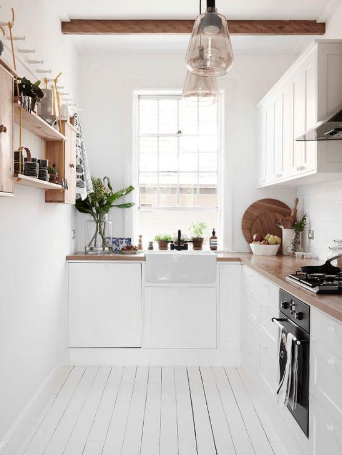 cuisine-blanche-et-bois-cuisine-sol-bois-blanchi
