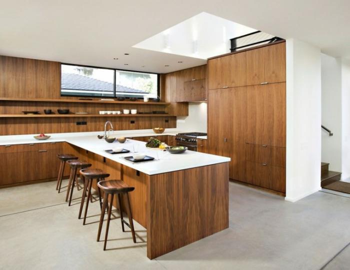 Deco Salon Moderne Classique : cuisine blanche bois, ilot de cuisine avec plateau blanc