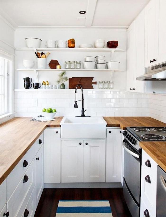 cuisine blanche et bois petite cuisine en u - Cuisine Blanche Avec Plan De Travail Bois