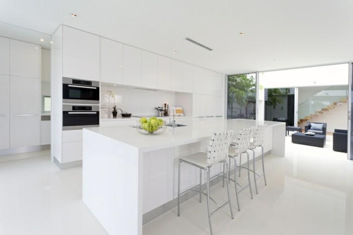 Cuisine blanche et inox id es et astuces en 90 photos - Cuisine ikea blanc brillant ...