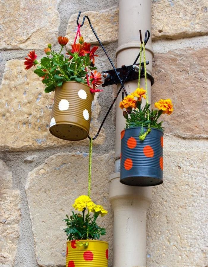 La d co jardin r cup en 41 photos inspirantes for Customiser des boites de conserves