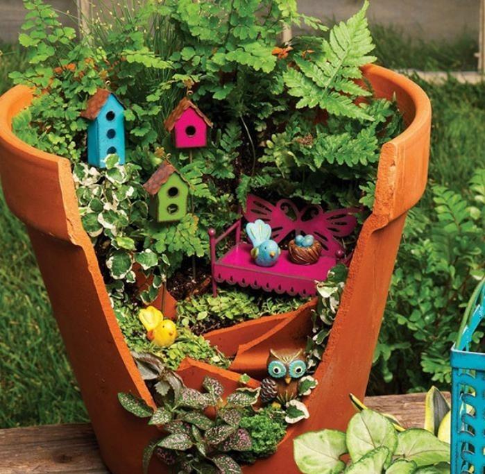 déco-jardin-récup-deco-jardin-recuperation-pot-de-fleur-mini-jardin