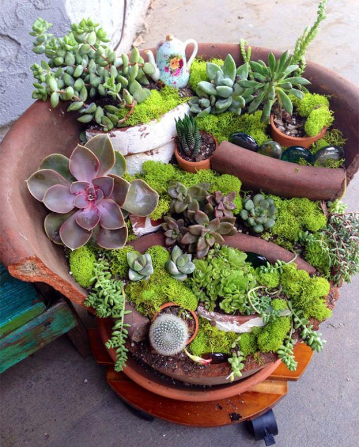 déco-jardin-récup-mini-jardin-avec-pot-de-fleurs