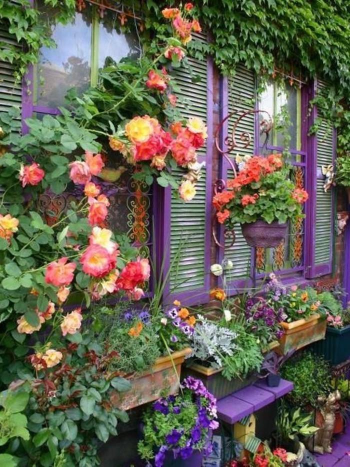 décorer-son-jardin-amenager-son-exterieur-violet
