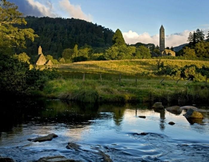 de-la-visite-de-l-irlande-cool-idée-vacances-lac-et-maison