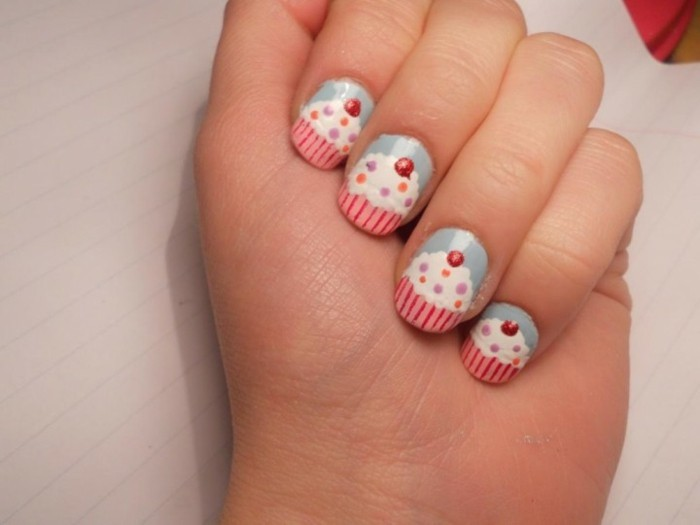 dessin-ongles-modele-ongle-french-deco-cake