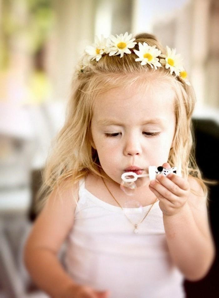 dulcinée-coiffure-pour-petite-fille-pour-mariage-couronne
