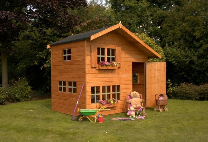 enfant-cabanes-en-bois-enfants-cool-jouer-ourson-peleuche