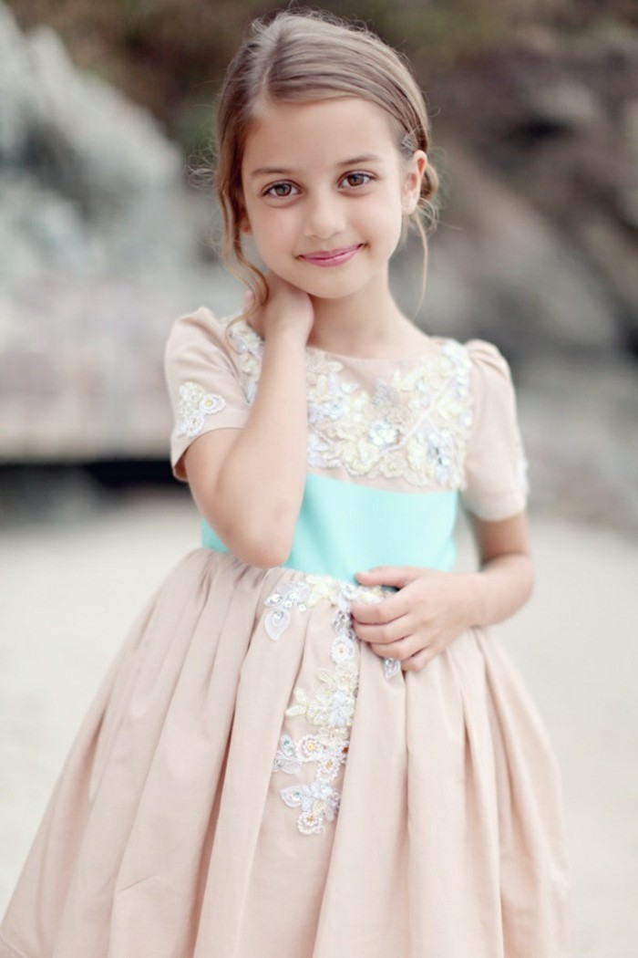excellente-coiffure-petite-fille-mariage-princesses