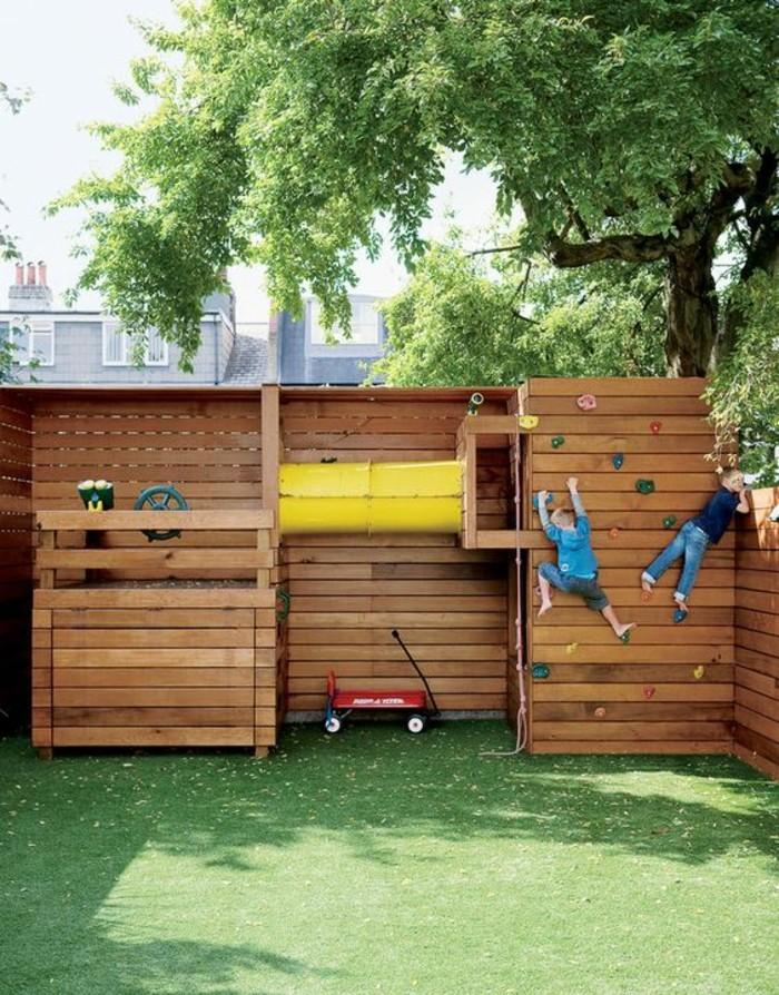 extérieur-maisonnette-en-bois-enfant-chouette-vacances