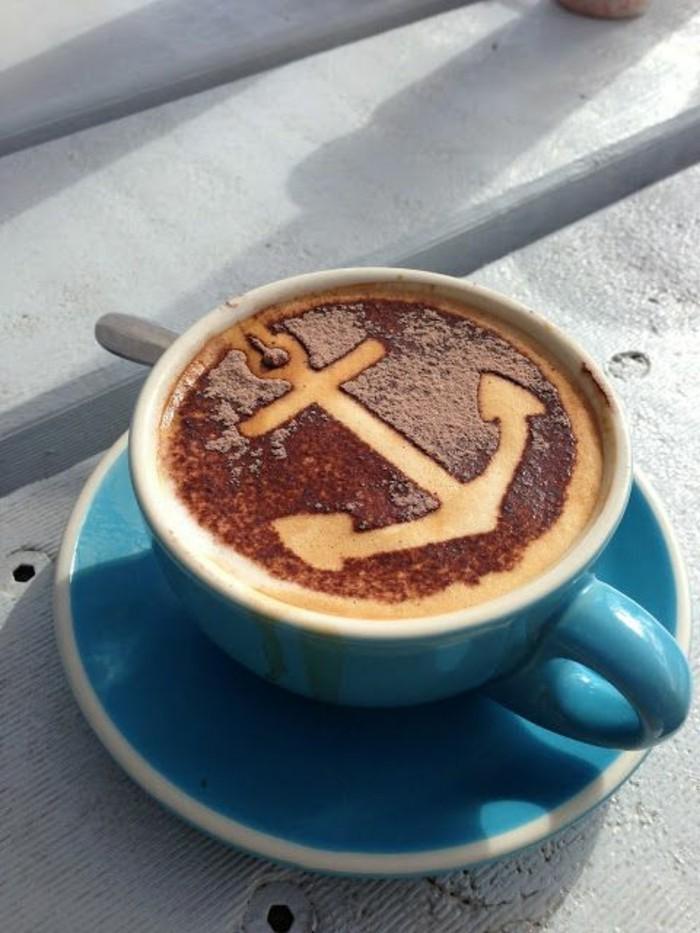 faire-mousser-le-lait-comment-faire-un-cappuccino-maison-recette-cappuccino-maison