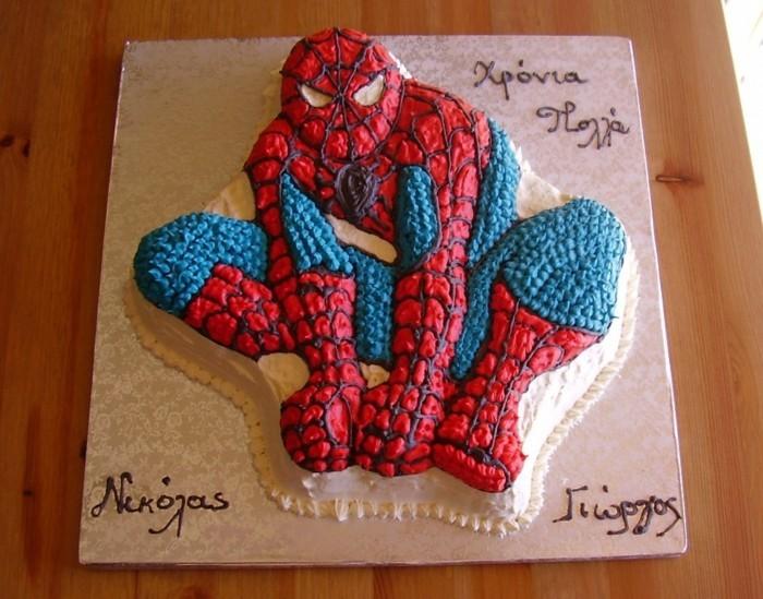 fondant-gateau-d-anniversaire-enfants-spiderman