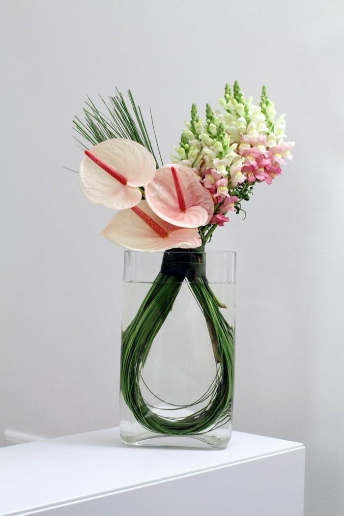 formidable-composition-de-fleurs-diy-carré-en-verre