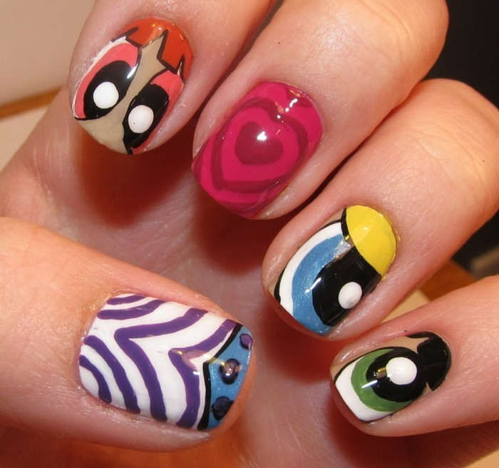 french-originale-ongles-idée-d-ongle-joli-power-puff-fille