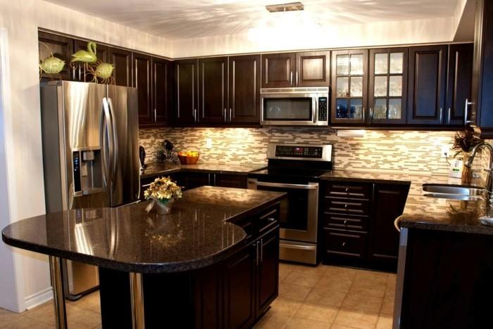 granit-noir-plan-de-travail-cuisine-granit
