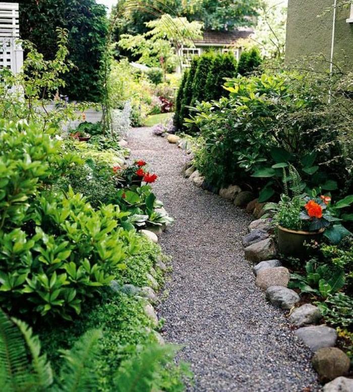 gravier-allée-exterieur-cailloux-decoratifs-pour-jardin-gravillon-pour-allée-exterieur