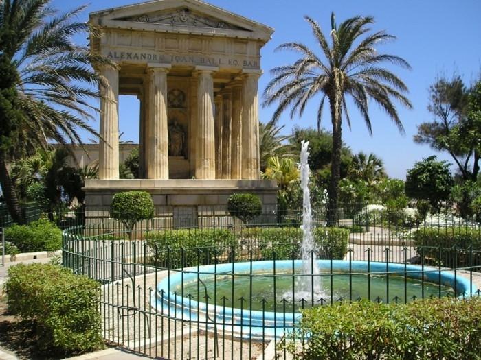 hotel-toulon-la-valette-chouette-idée-vacances-jardins