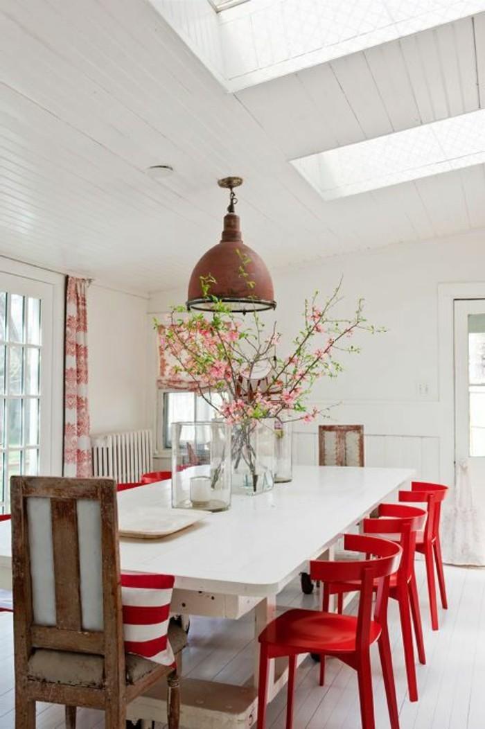 idée-déco-récup-pour-la-salle-à-manger-idée-déco-chambre-théma-déco-grande-table-blanche