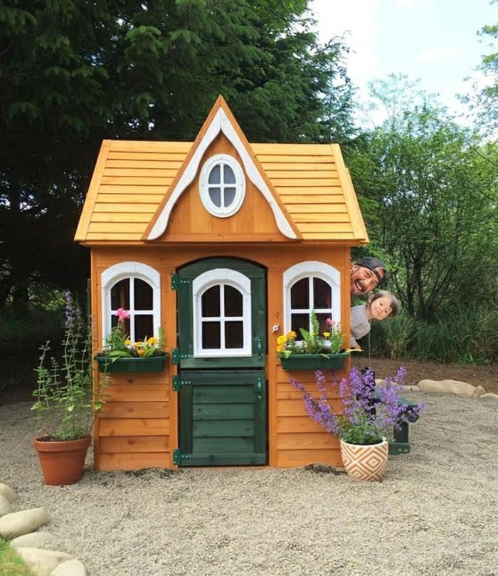 idée-maisonnette-en-bois-sur-pilotis-diy-play-house