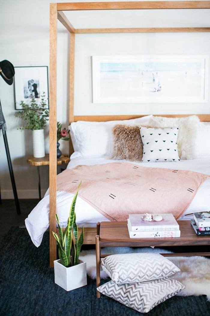 idées-pour-la-chambre-d-ado-fille-couverture-de-lit-rose-murs-en-rose-encadrement-de-lit-en-bois-plantes-vertes-d-interieur