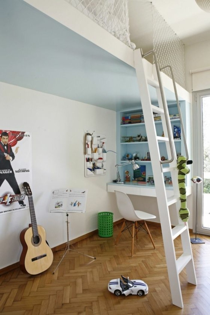 idee-decoration-chambre-ado-garçon-sol-en-parquet-clair-mur-blanc-sol-en-parquet-bureau-adulte