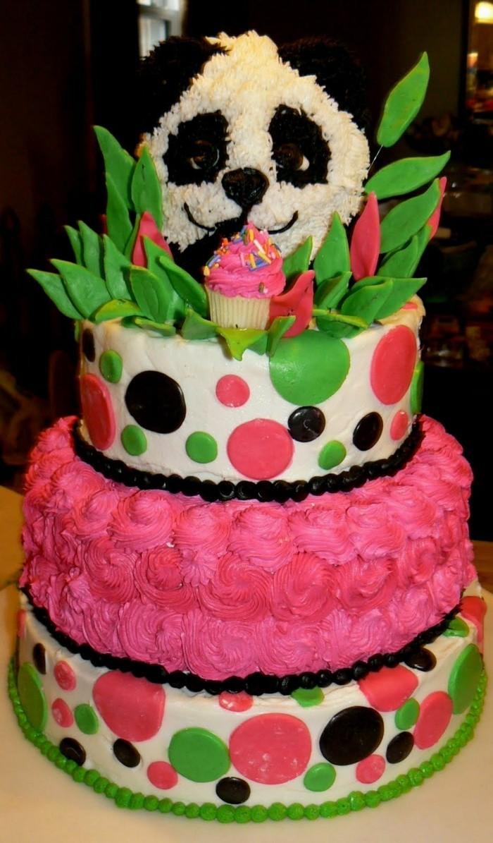idee-gateau-anniversaire-enfant-jolie-décoration-panda