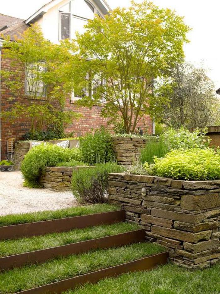 jardin-en-pente-aménagement-astucieux