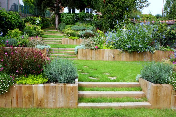 jardin-en-pente-aménager-des-masifs-térrassés