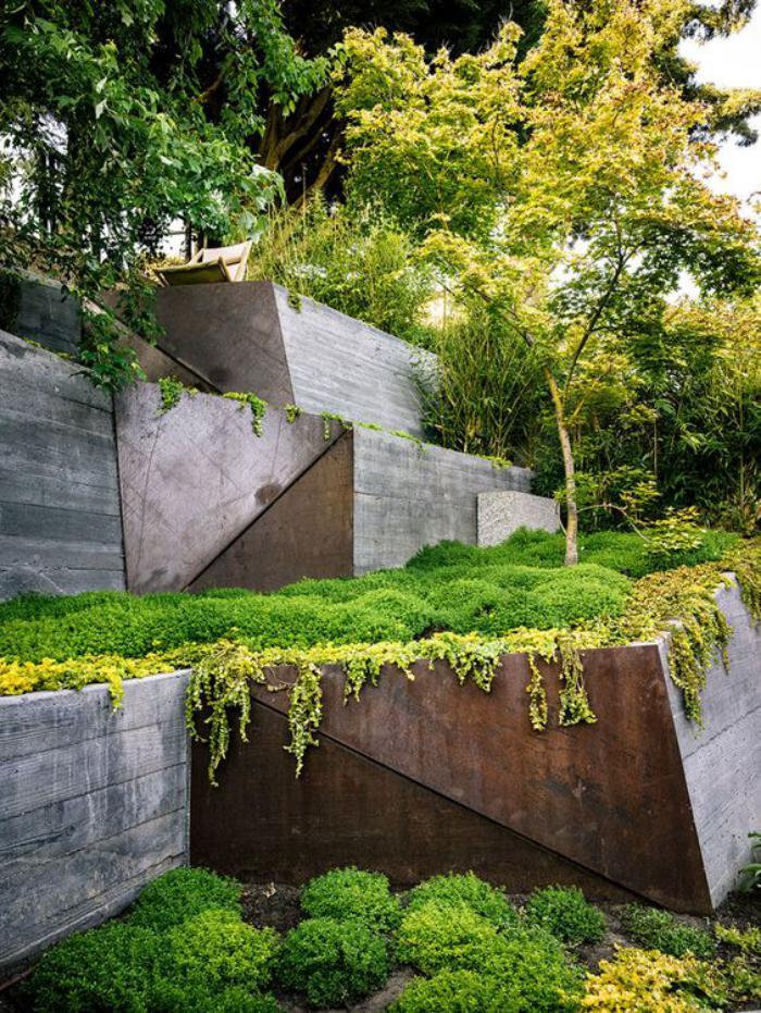 jardin-en-pente-aménager-un-jardin-en-pente-avec-acier-corten