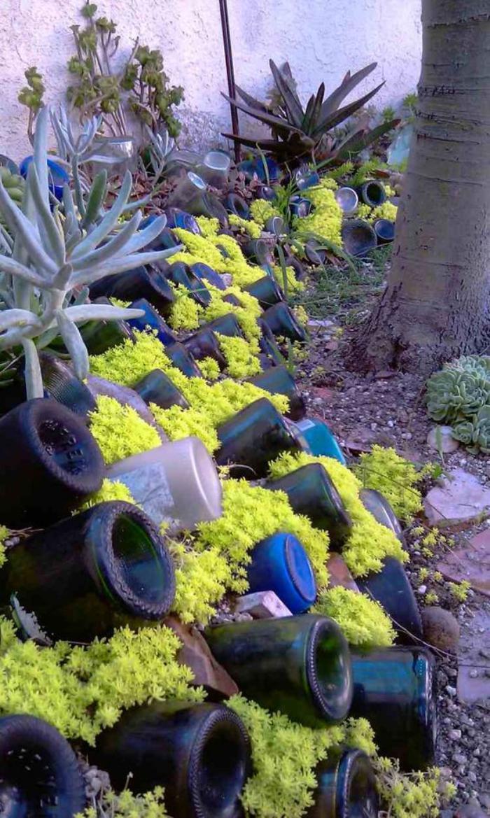 Comment avoir un joli jardin en pente jolies id es en photos et conseils pou - Faire son jardin pas cher ...