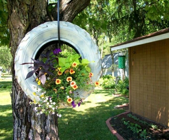 jolie-comment-aménager-son-jardin-extérieur-déco-recyclage