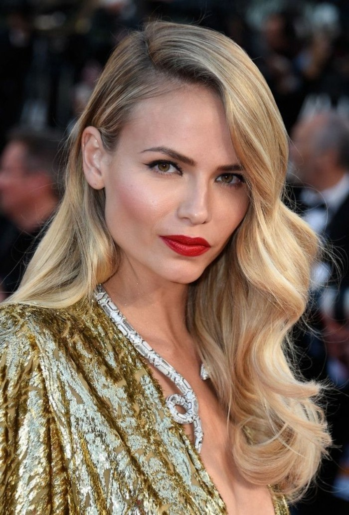 jolie-idée-maquillage-soirée-comment-faire-blonde-femme-jolie