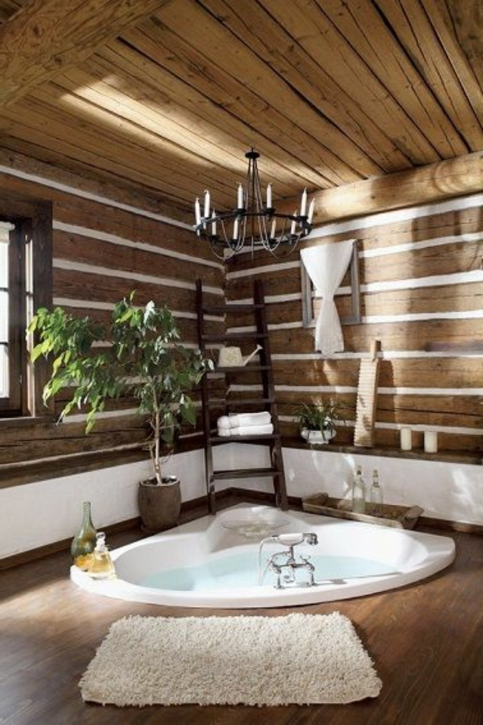 jolie-salle-de-bain-zen-mur-en-planchers-bois-baignoire-encastre-blanche-tapis-beige