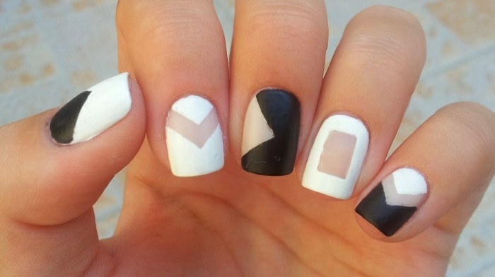 the-nail-gel-design-cool-nail-design-idea-black-and-white-geometric