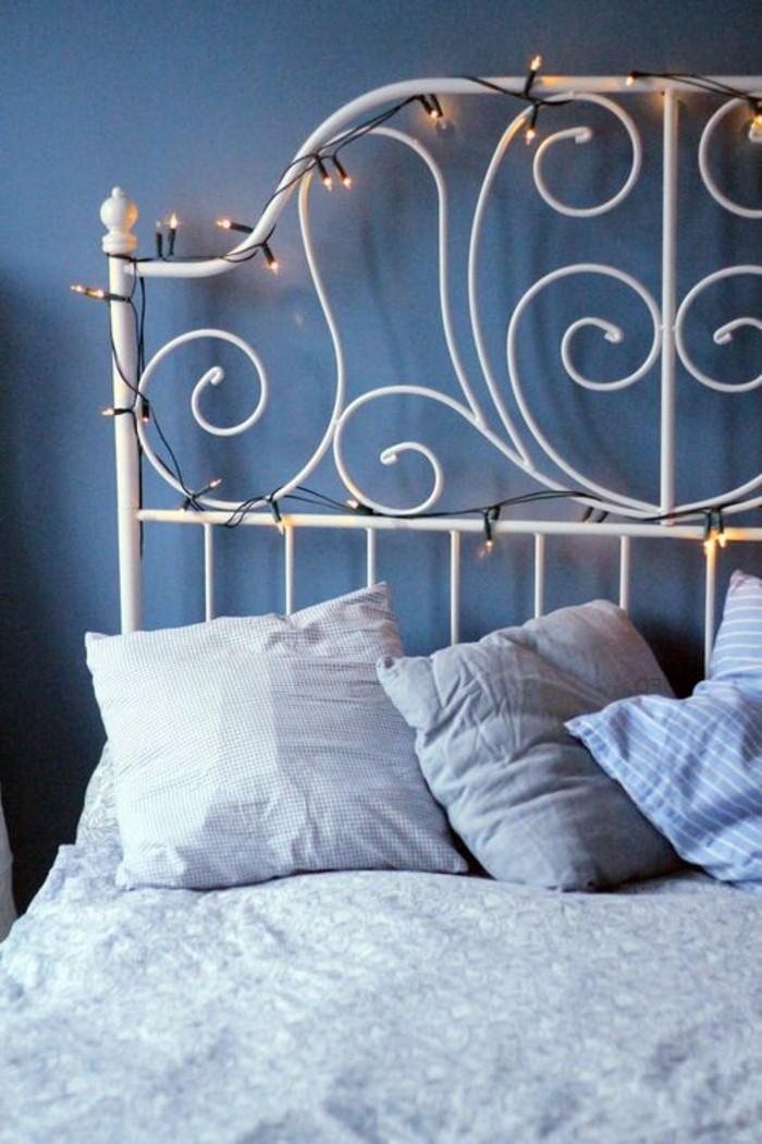la-tete-de-lit-avec-rangement-chambre-adulte-fer