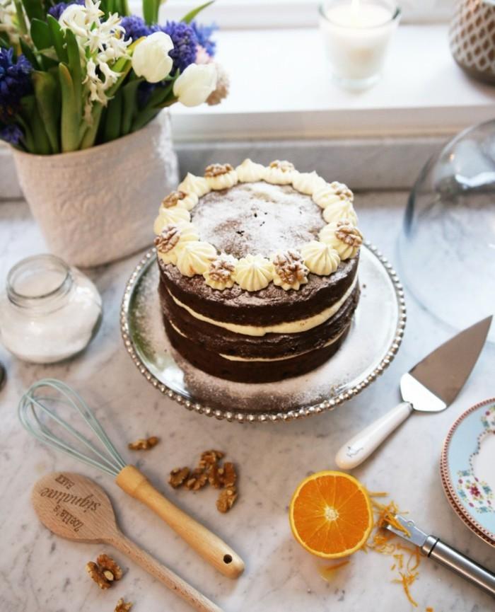 le-gâteau-d-anniversaire-enfants-délicieux