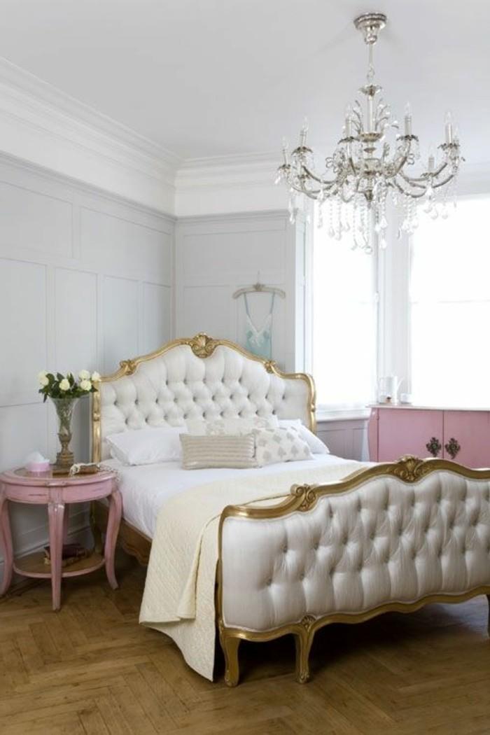 lit-en-style-retro-francais-lit-design-180x200-lit-roche-bobois-lit-baroque-capitonné