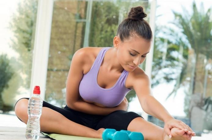 méthode-pilates-exercices-de-mat-souplesse