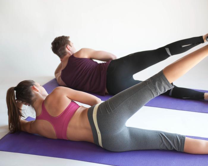 méthode-pilates-obliques-mouvements-partie-latérale-du-corps