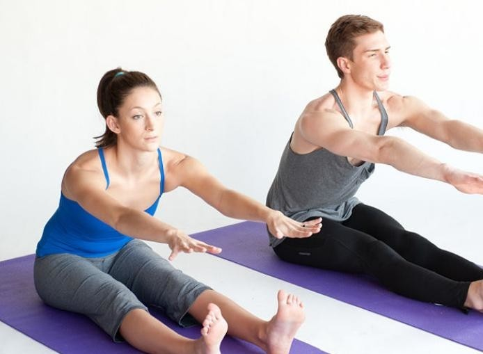 méthode-pilates-yoga-et-pilates-exercices-de-retirement