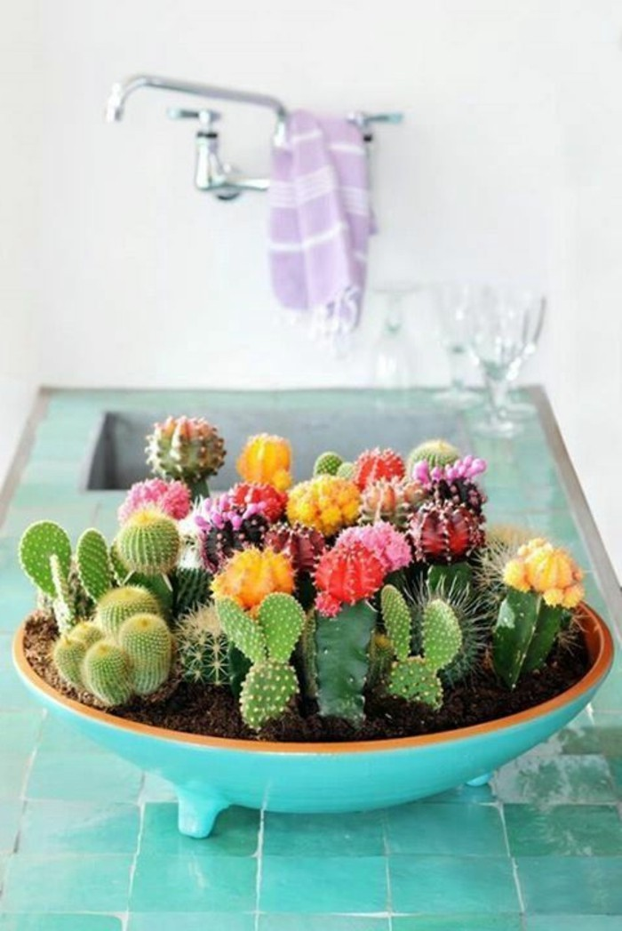 magnifique-centre-de-table-mariage-fleurs-bleu-bol