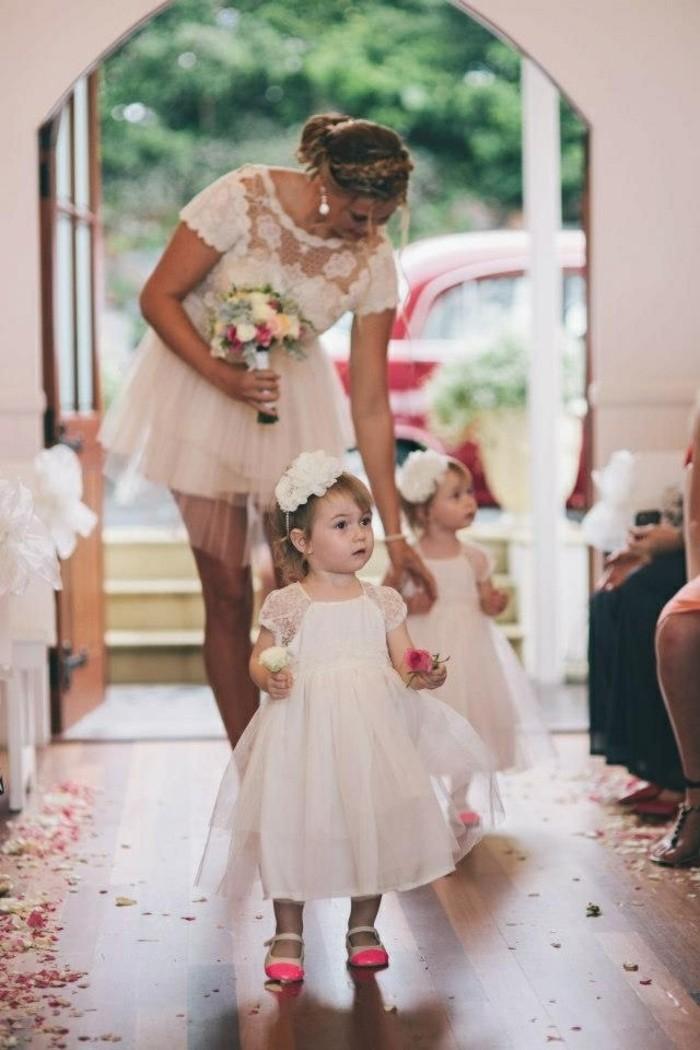magnifique-coiffure-mariage-fille-idées-bébés-mignons