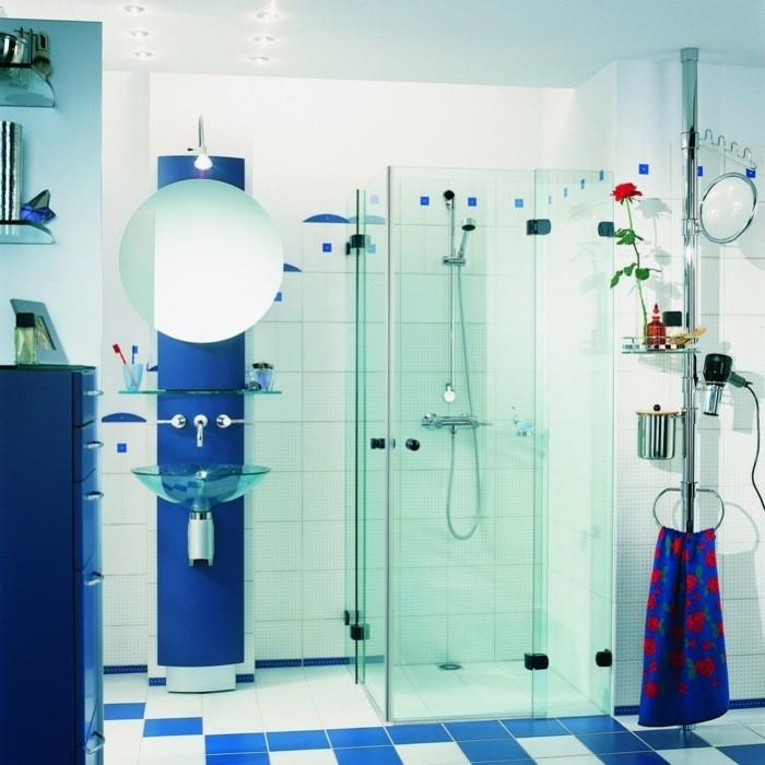 modele-douche-a-l-italienne-dans-un-beau-bleu-royal-resized
