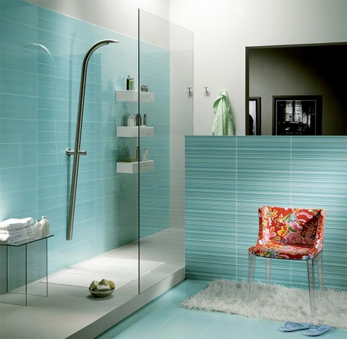 une douche litalienne dans moins de 35m. la salle de bain avec ...