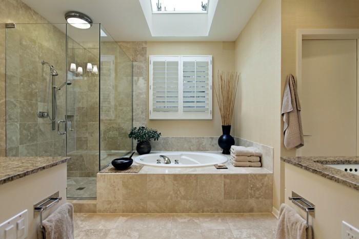 modele-douche-a-l'italienne-aux-couleurs-du-desert-neutres
