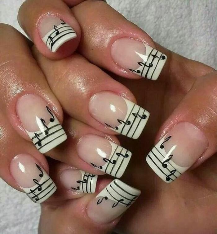 ongles-en-gel-original-modèle-ongle-nail-notes