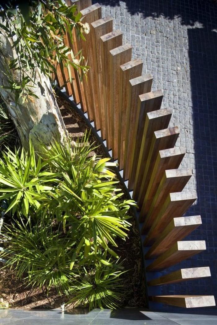 paravent-de-jardin-en-escalier